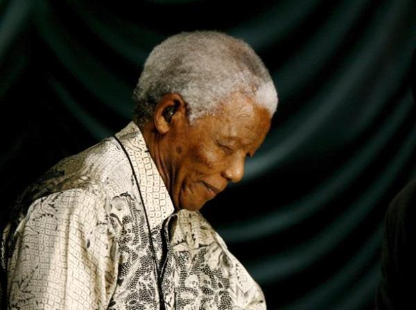 ++ SUDAFRICA: NELSON MANDELA IN OSPEDALE ++