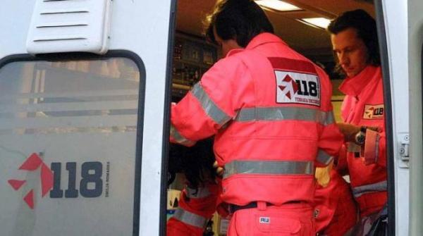 744207-Ambulanza
