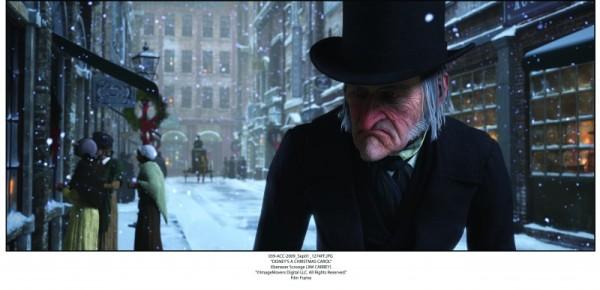 a-christmas-carol-l-anziano-scrooge-e-doppiato-da-jim-carrey-139227