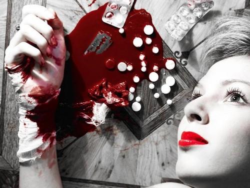 blood,model,pills,red,suicide,white-cadc0e96708602ea10733f51d8907688_h