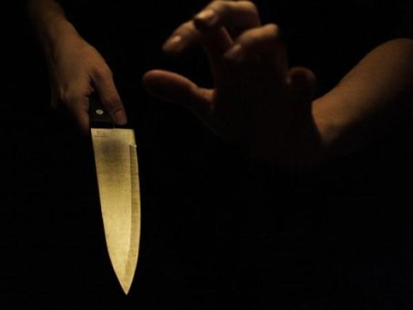 coltello_donna-504a2cc08b7f2