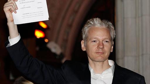 Julian Assange1[2]
