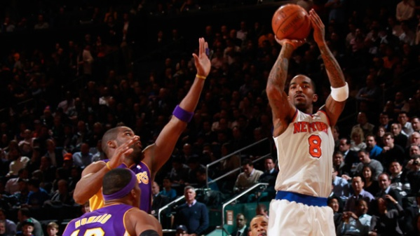 knicks-lakers-photo