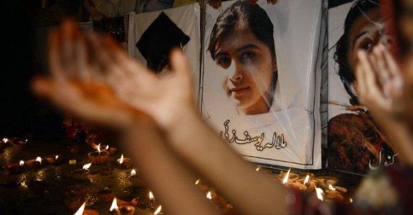 malala-prayer-afp-670