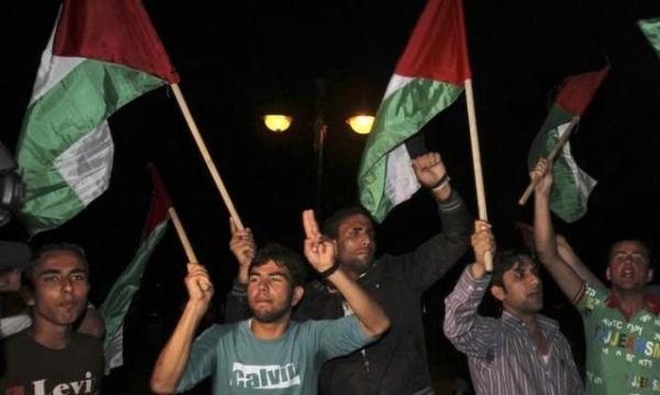 Palestinesi-in-festa-dopo-l-annuncio-dell-accordo-tra-Fatah-e-Hamas_h_partb