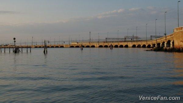 ponte-della-liberta-causeway-from-mestre-to-venice-italy-p4068778
