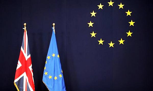 zestoke-rasprave-u-velikoj-britaniji-po-pitanju-vracanja-ovlasti-koje-su-date-bruxellesu_2383_7712