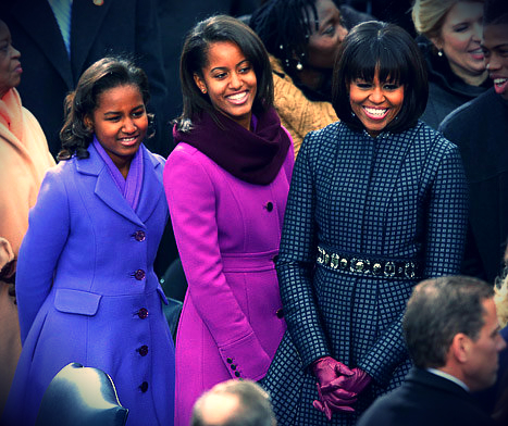 1358786487_sasha-malia-michelle-obama-467