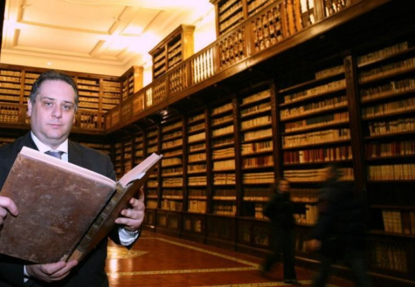 20120419_c1_biblioteca_girolamini