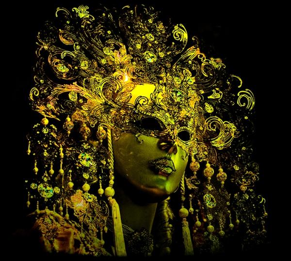 Carnevale-di-Venezia-2010-le-maschere-a20156242n