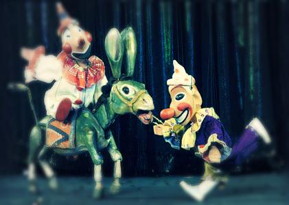 demmeni marionette theatre