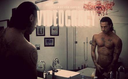 fabriziocorona_videocrazy_nudo