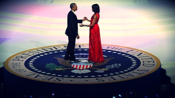 gty_inaugural_ball_obama_caketop_wm_nt_130121_wg