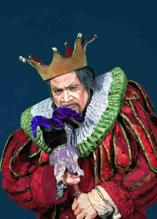 rigoletto w crown 2