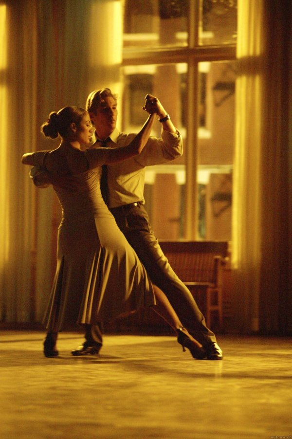 shall_we_dance_2004_931x1400_700055