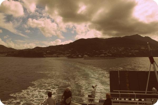 traghetto_ischia