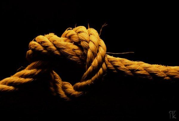 bambino-corda-muore