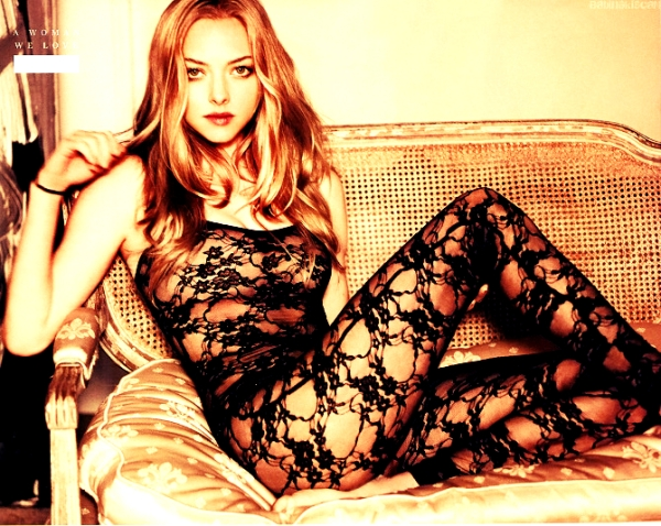 Amanda_Seyfried_lovelace