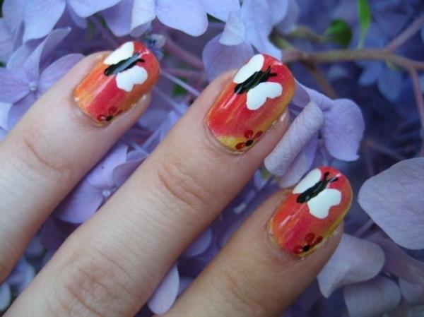 butterfly_nail_art2