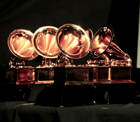 GrammyAwardsTrophys_620_120512