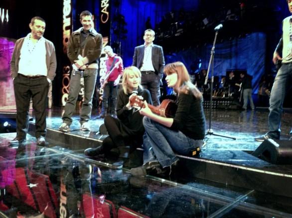 Sanremo2013_Carla-bruni_Luciana-Littizzetto-586x439