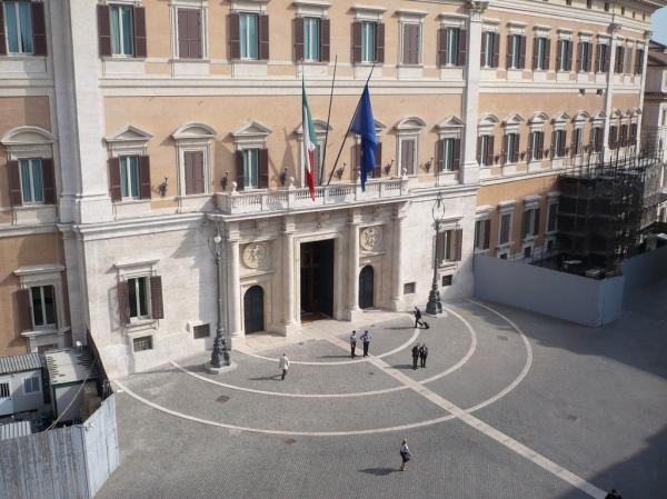tutatcronaca-m5s-palazzo_montecitorio