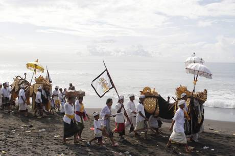 Balinese -tuttacronaca- New Year -preparations-