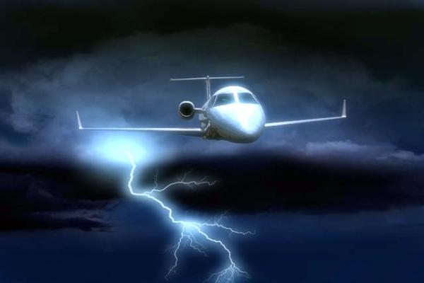 aereo-italia-ginevra-brasile-fulmine-tuttacronaca