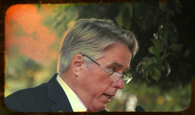 david thorne-incidente-diplomatico-pd-m5s-tuttacronaca