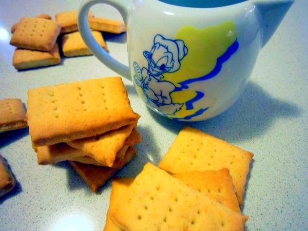 biscotti-latte-scaduto-tuttacronaca