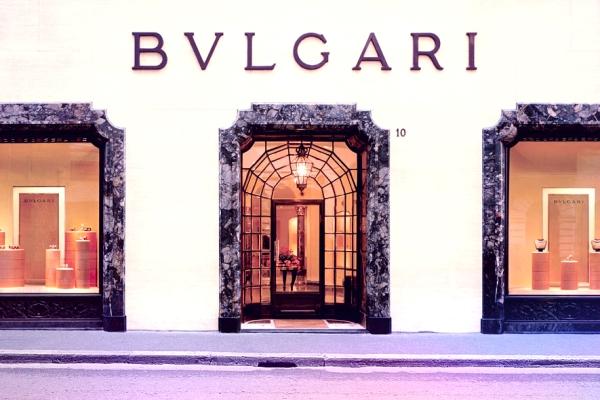 tuttacronaca-Boutique-Bulgari-via-condotti_hg_full_l