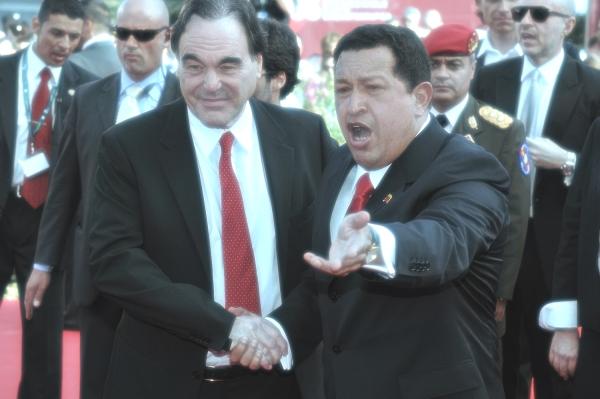 Hugo_Chavez,_Oliver_Stone_66ème_Festival_de_Venise_(Mostra)_tuttacronaca