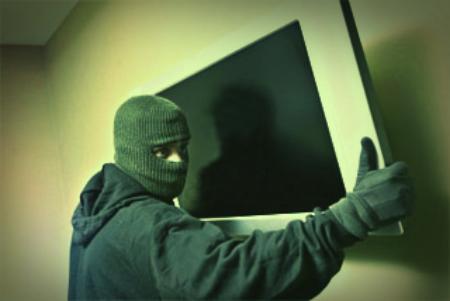 ladro-furto-112-polizia-tuttacronaca