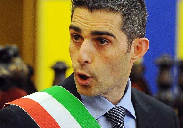 Pizzarotti_sindaco- tuttacronaca