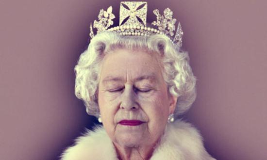 Queen-Elizabeth-II-tuttacronaca