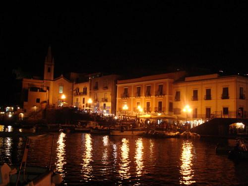 lipari-terremoto-sicilia-19marzo-tuttacronaca