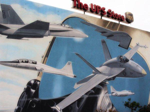 air-force-murales-el segundo-los angeles-quentin- tarantino-tuttacronaca