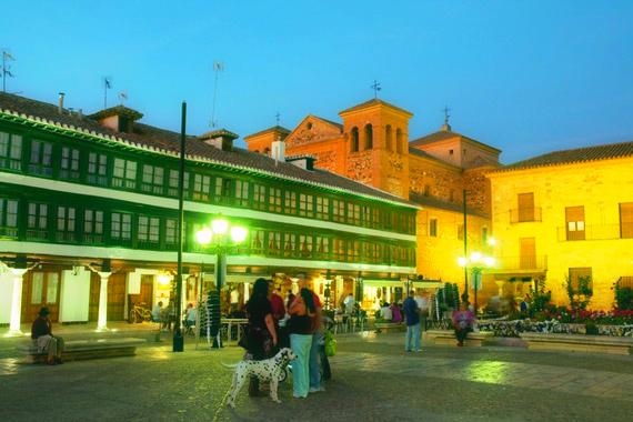 Almagro- plaza mayor-almodovar-spagna-tuttacronaca