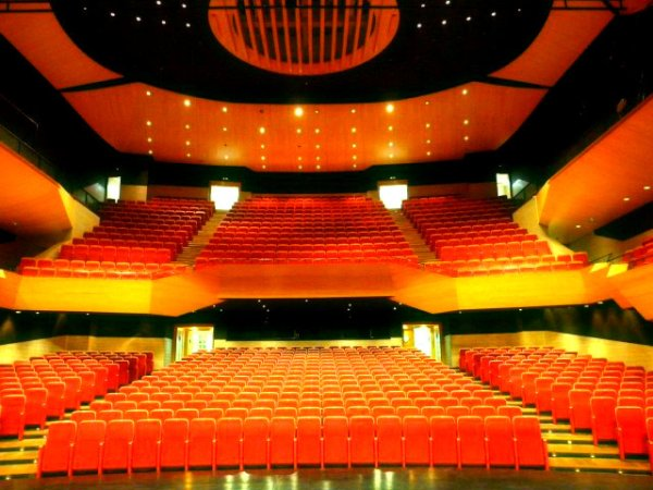 auditorio- Puertollano-almodovar-spagna-ruta-cinematografica-tuttacronaca