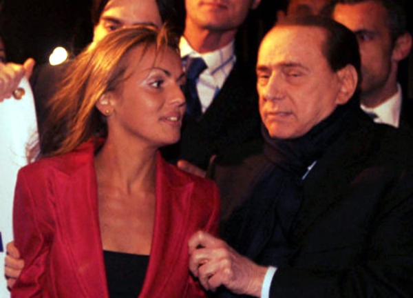 berlusconi-francesca-pascale-silvio-tuttacronaca-suocera-incontro-pd-pdl