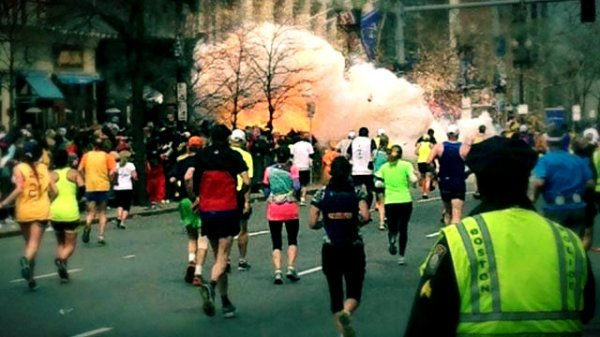 Boston-Marathon-bombing-runners-maratona-boston-tuttacronaca