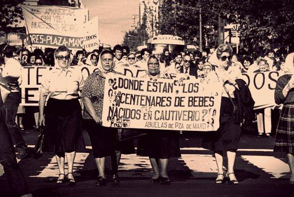 desaparecidos-papa francesco-abuelas plaza-de-mayo
