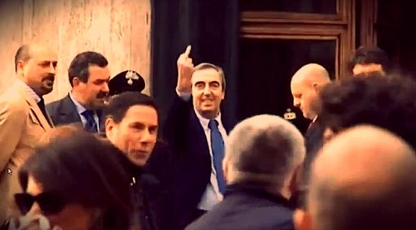 Gasparri Dito Medio - tuttacronaca