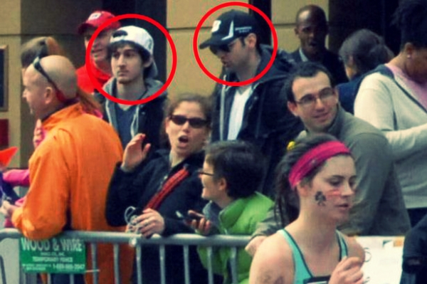 Tamerlan-Tsarnaev-and-Dzhokhar-A-Tsarnaev-at-the-Boston-Marathon-tuttacronaca