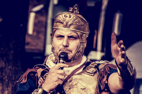 augusto-caratelli-centurione