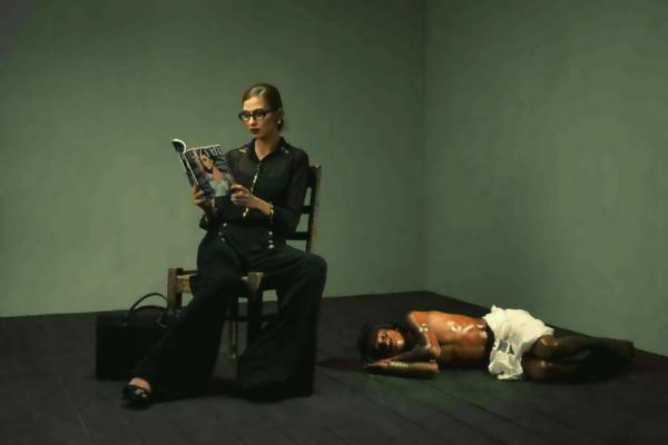 beautiful-shoot-of-aamna-aqeel-in-diva-magazine-pubblicità-razzista-tuttacronaca