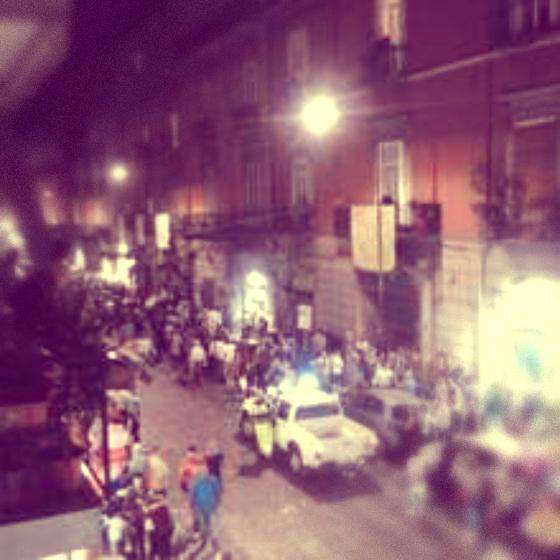 crolla-balcone-portici-festa-patrono-san-ciro-tuttacronaca