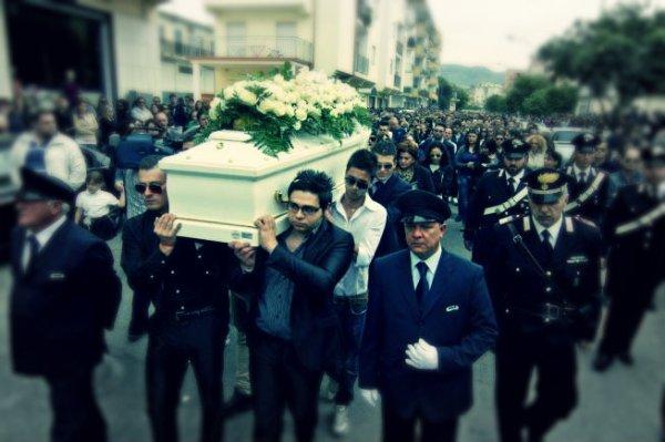 funerali-fabiana-tuttacronaca