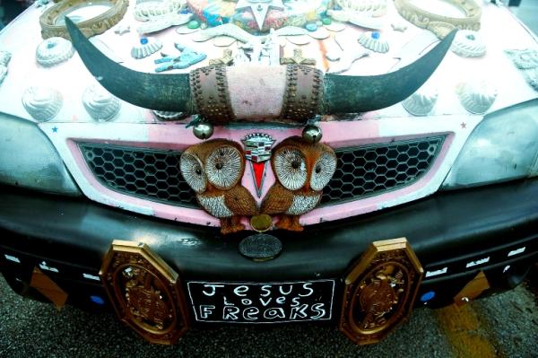 macchina-strana-houston-parade-art-car-tuttacronaca
