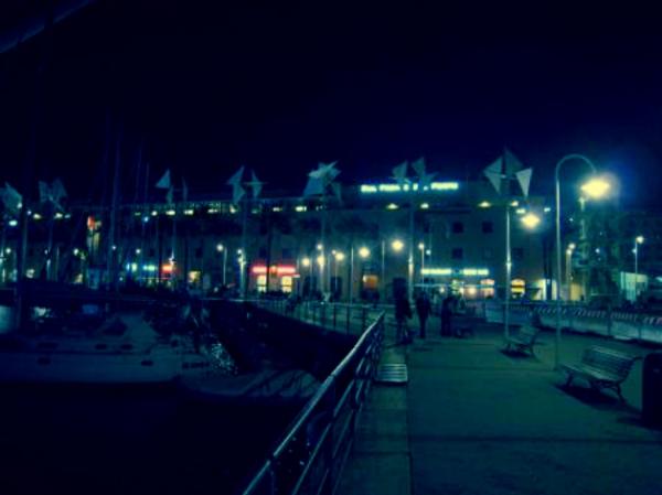 porto-genova-jolly-rosso-crollo-torre- controllo-nave-contro-molo-giano-tuttacronaca